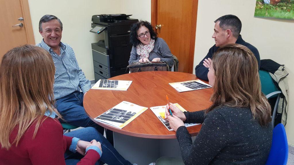 Cáritas Alcoy y ASDEF, comprometidos con el acceso al empleo de los colectivos más desfavorecidos